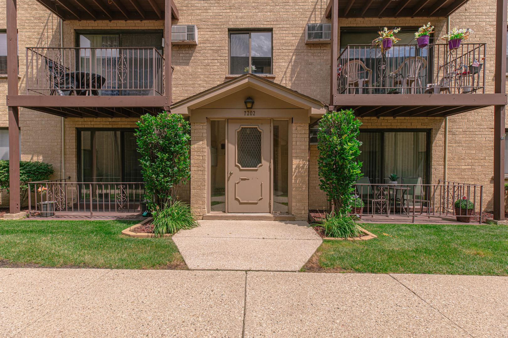 7202 W WRIGHTWOOD Avenue #3S, Elmwood Park, IL 60707 - #: 10764281