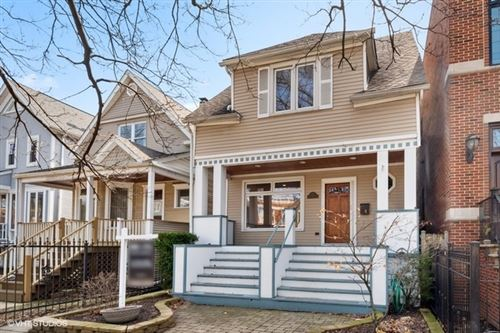 Photo of 1913 W Nelson Street, Chicago, IL 60657 (MLS # 10677282)