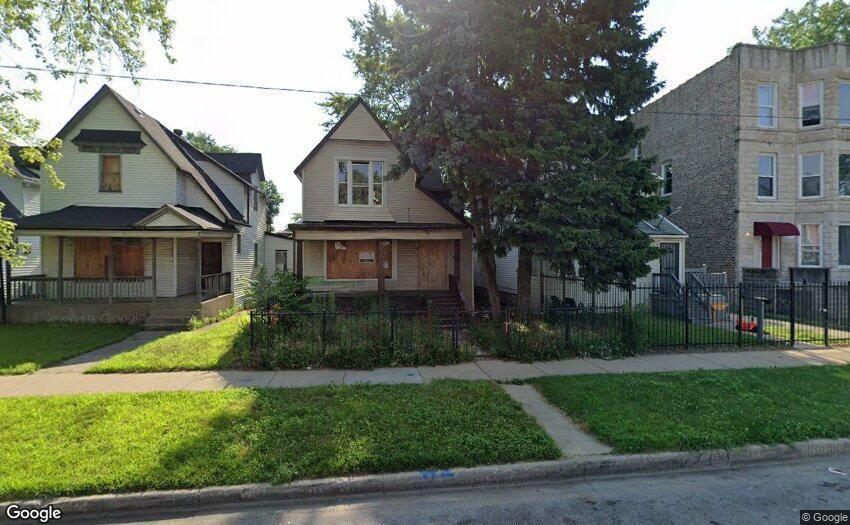 6721 S Saint Lawrence Avenue, Chicago, IL 60637 - #: 11223282
