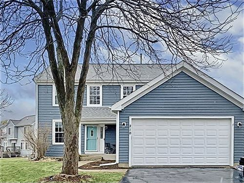 Photo of 210 S Tanglewood Court, Round Lake, IL 60073 (MLS # 10662283)