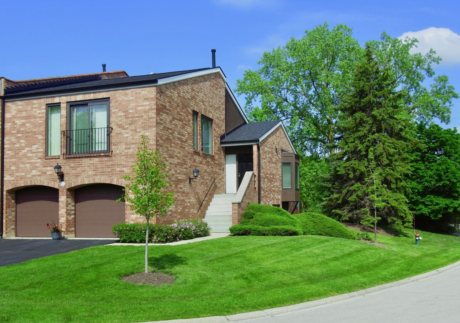 2S679 Gloucester Way W, Oak Brook, IL 60523 - #: 10724284