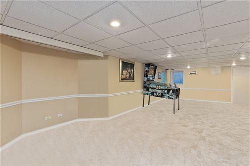 Tiny photo for 1025 Oakland Drive, Barrington, IL 60010 (MLS # 10678285)