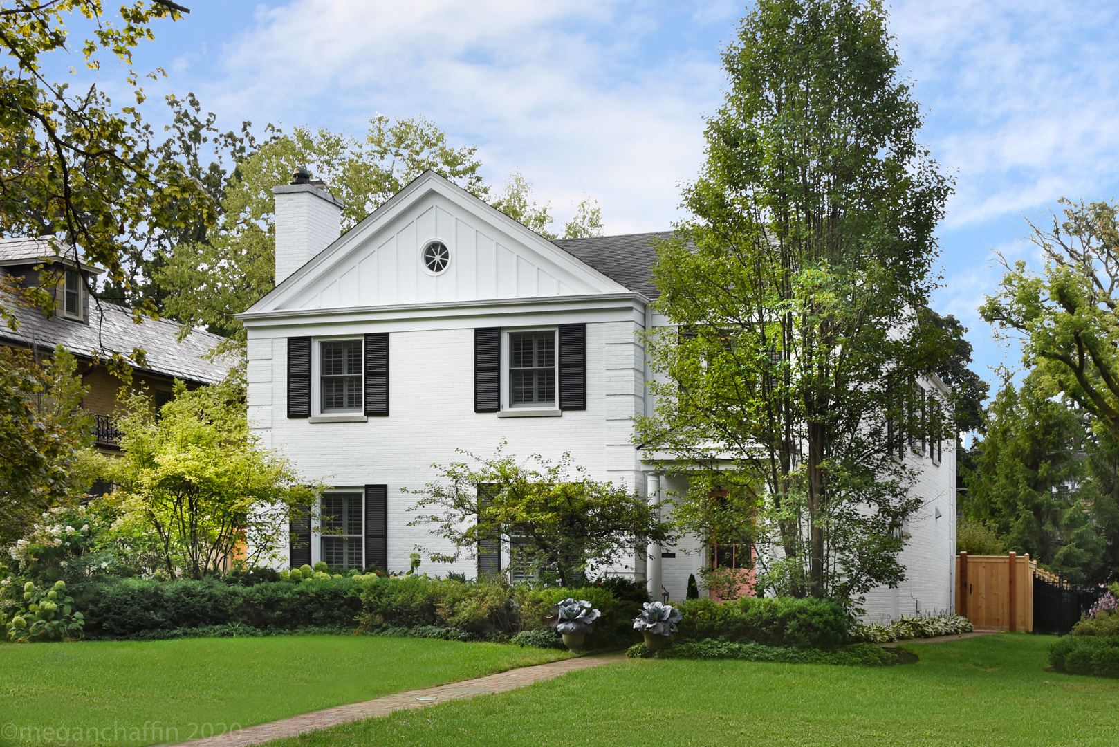 Photo for 1111 Chestnut Avenue, Wilmette, IL 60091 (MLS # 10850289)