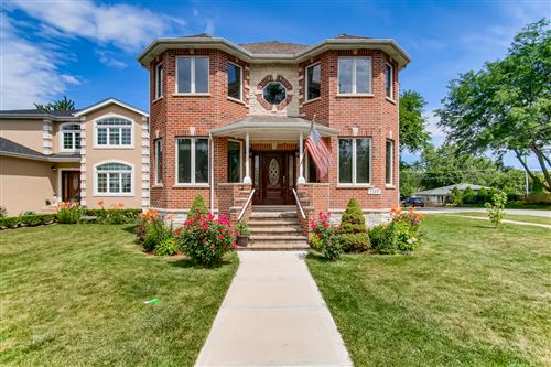 Photo of 1100 Oxford Street, Downers Grove, IL 60516 (MLS # 11175290)