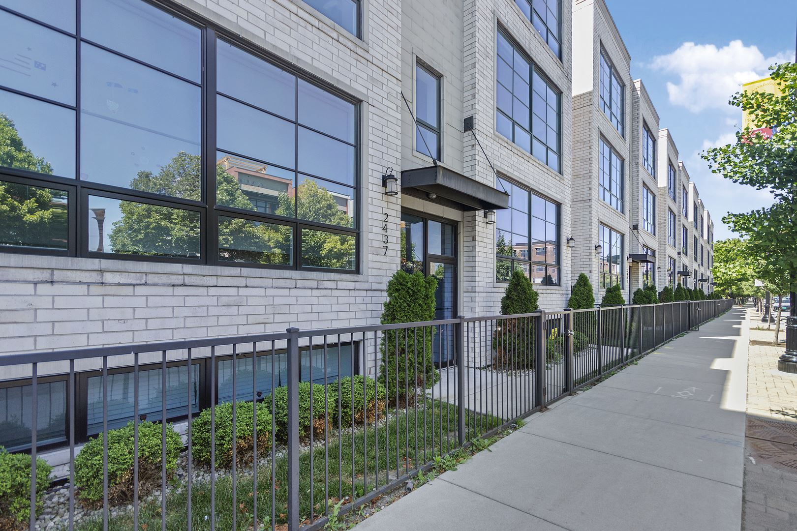 2437 W Irving Park Road #3W, Chicago, IL 60618 - #: 10787290