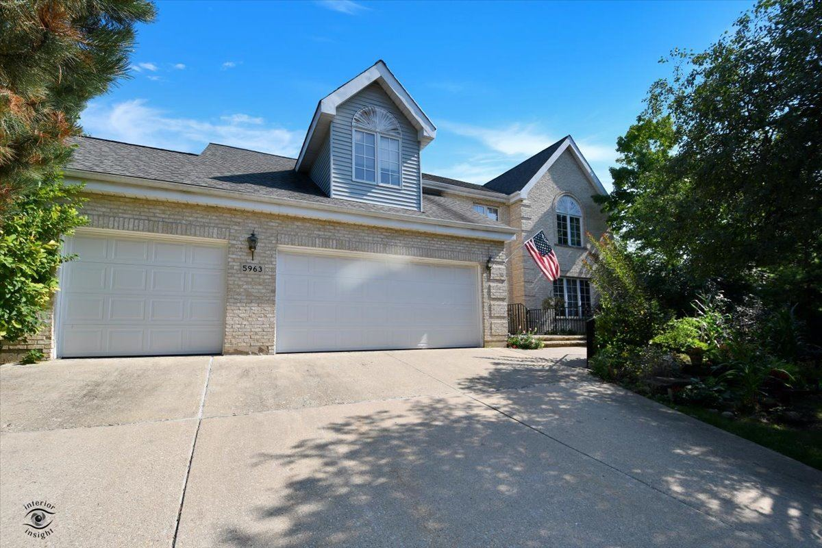 5963 Chase Avenue, Downers Grove, IL 60516 - #: 11231290