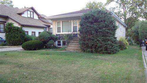 Photo of 271 N Oak Street, Elmhurst, IL 60126 (MLS # 10883291)