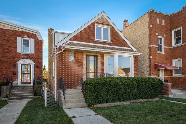 Photo for 6041 W Gunnison Street, Chicago, IL 60630 (MLS # 10939291)