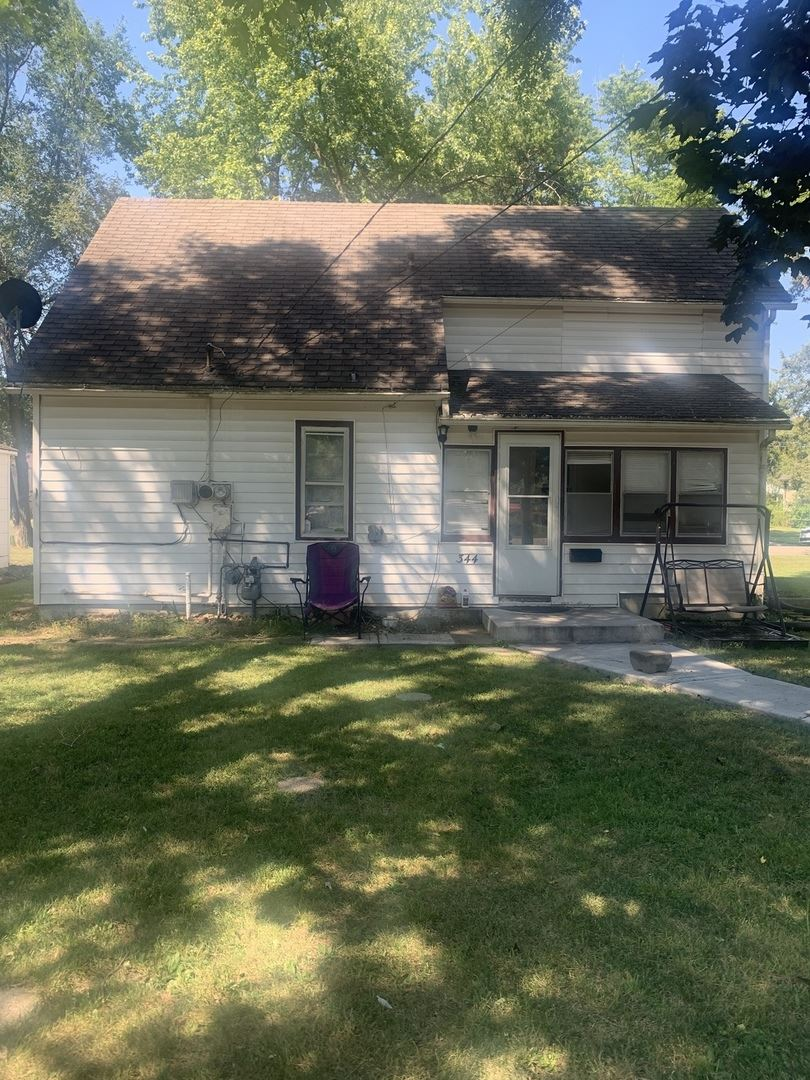 Photo for 344 E Water Street, Kankakee, IL 60901 (MLS # 11217291)