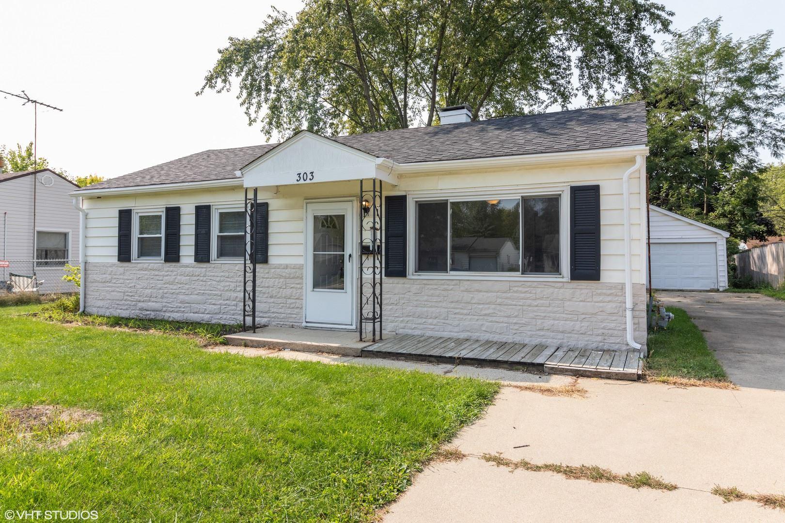 Photo of 303 S Hammes Avenue, Joliet, IL 60436 (MLS # 10858292)