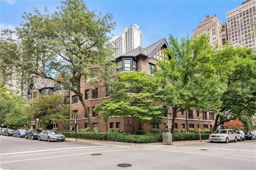 Photo of 1235 N ASTOR Street #3N, Chicago, IL 60610 (MLS # 10276293)