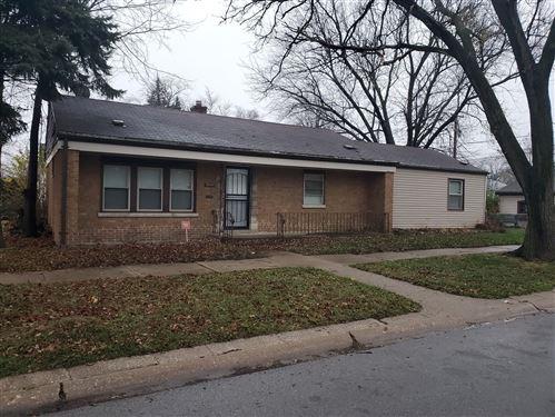 Photo for 12600 S ELIZABETH Street, Calumet Park, IL 60827 (MLS # 10956294)