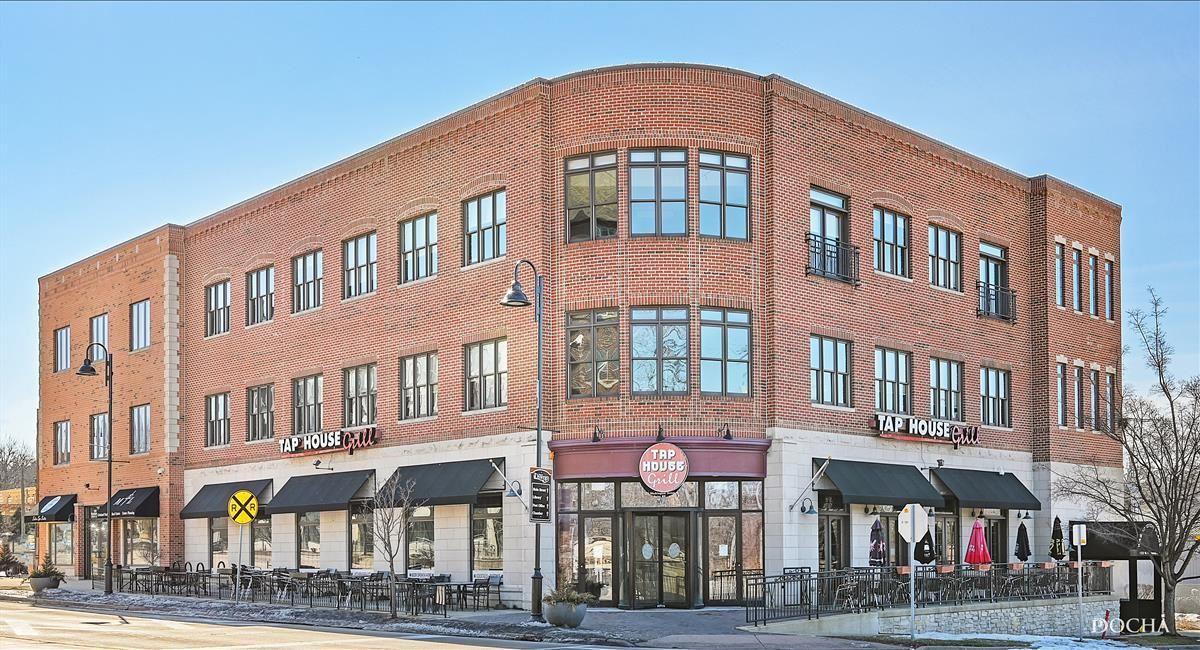 Photo of 123 W Washington Street #319, Oswego, IL 60543 (MLS # 11075294)