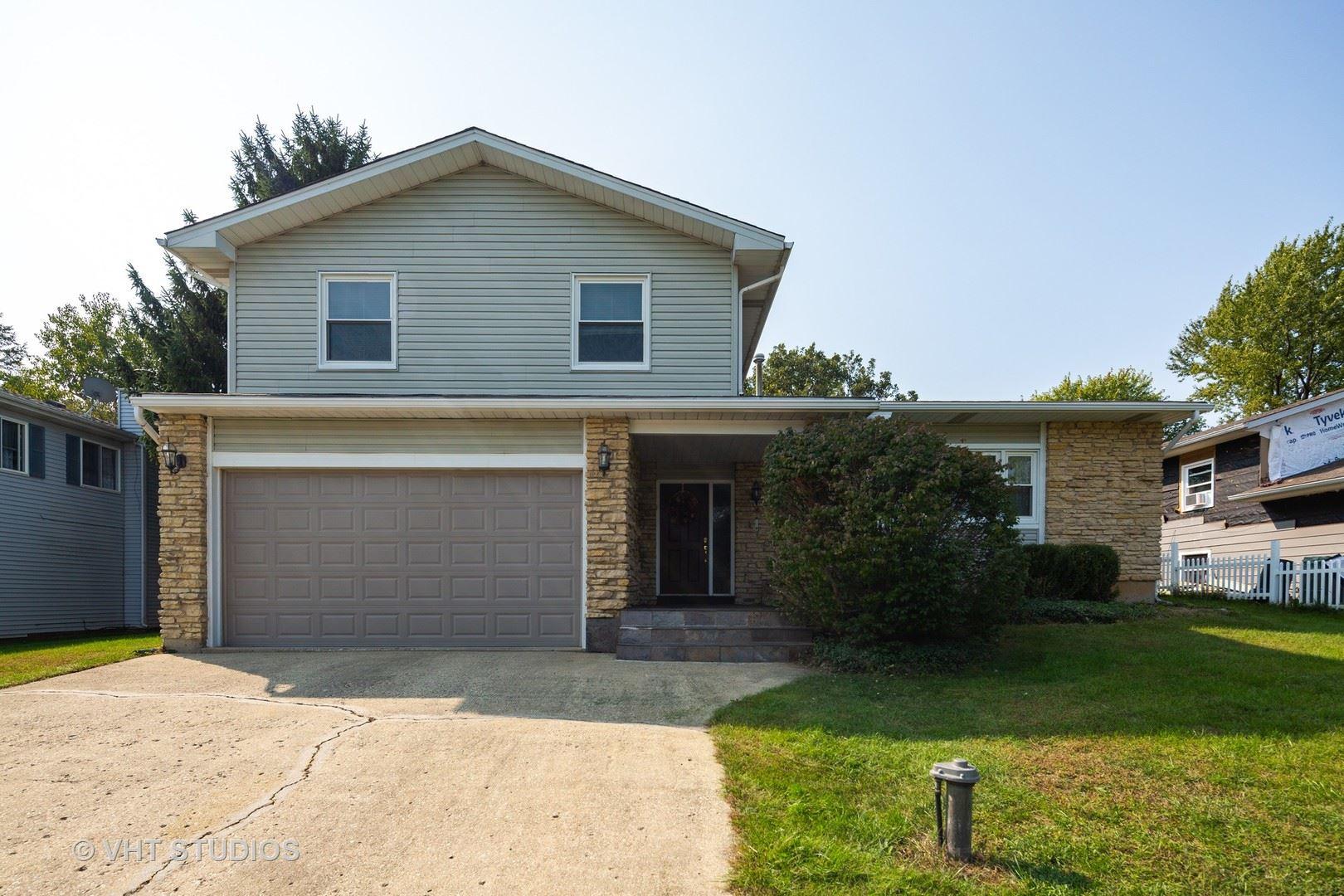 206 Meadow Lane, Oakwood Hills, IL 60013 - #: 10880299