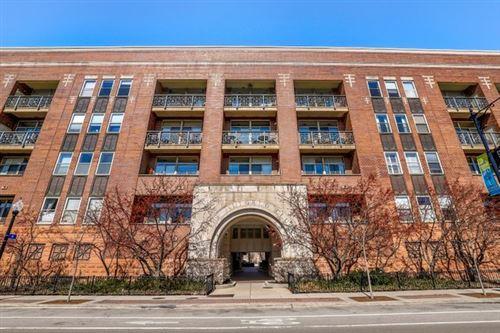 Photo of 1350 W Fullerton Avenue #414, Chicago, IL 60614 (MLS # 10659301)