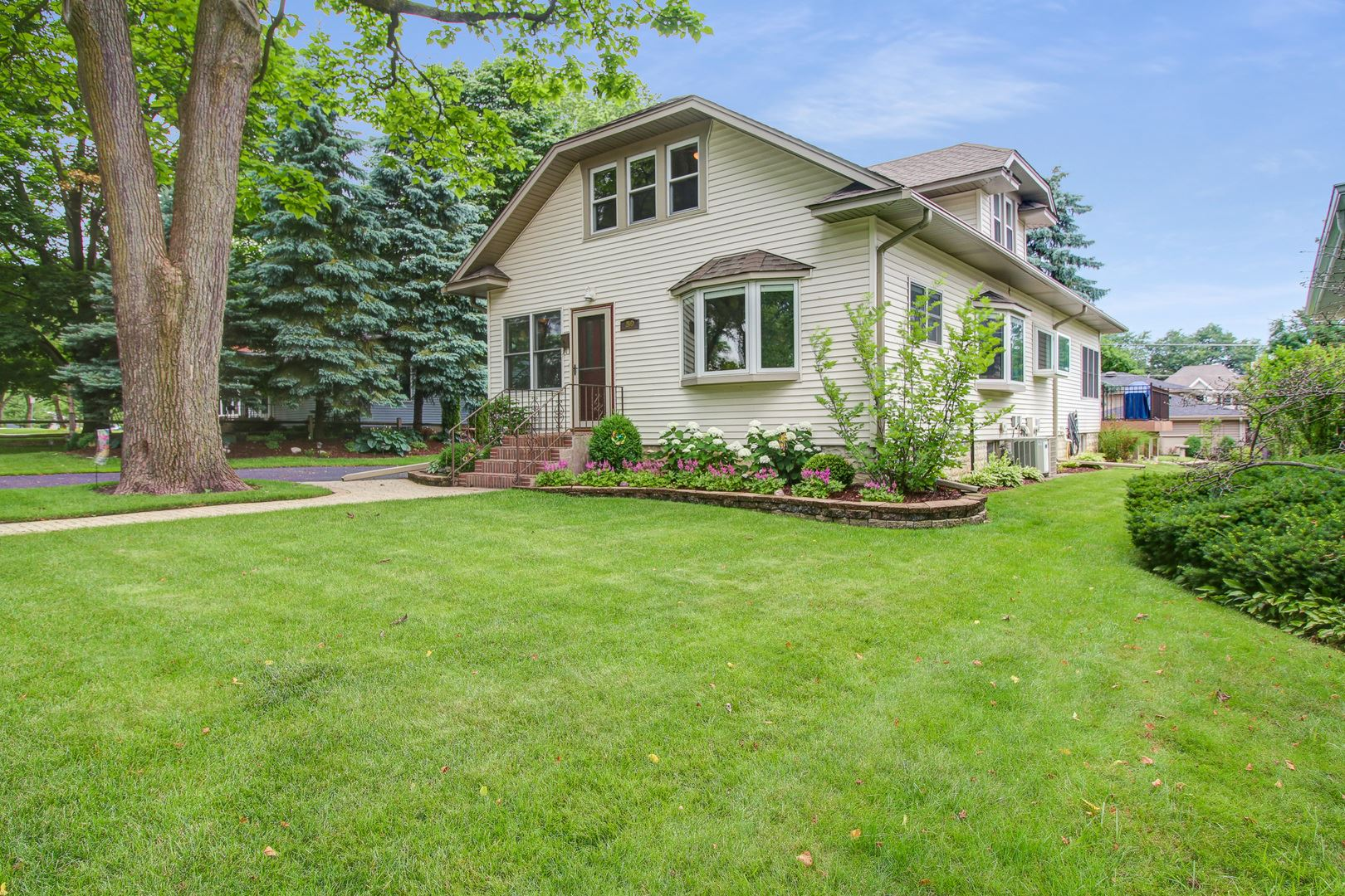 50 W THORNDALE Avenue, Roselle, IL 60172 - #: 10769303