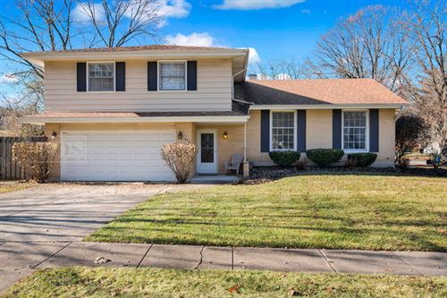 Photo of 2231 Westfield Drive, Downers Grove, IL 60516 (MLS # 10611305)