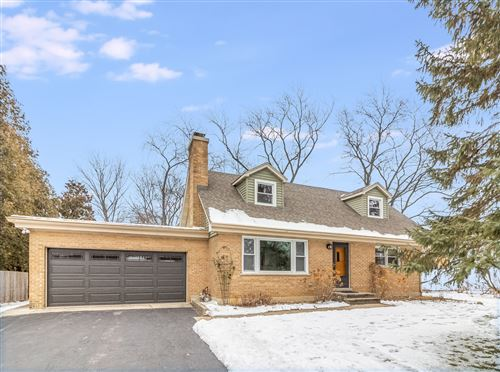 Photo of 5S241 Middle Road, Naperville, IL 60563 (MLS # 10969306)