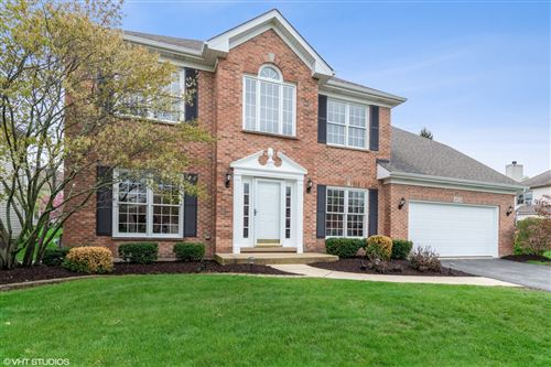 Photo of 4924 Clearwater Lane, Naperville, IL 60564 (MLS # 10542307)