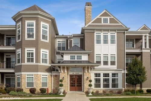 Photo of 50 West KENNEDY Lane #308, Hinsdale, IL 60521 (MLS # 10635307)