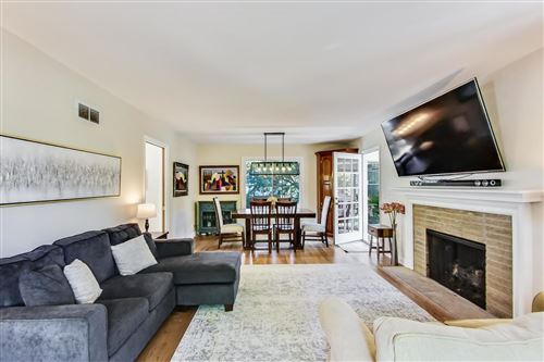 Tiny photo for 19 N Maywood Road, Lake Forest, IL 60045 (MLS # 10903307)