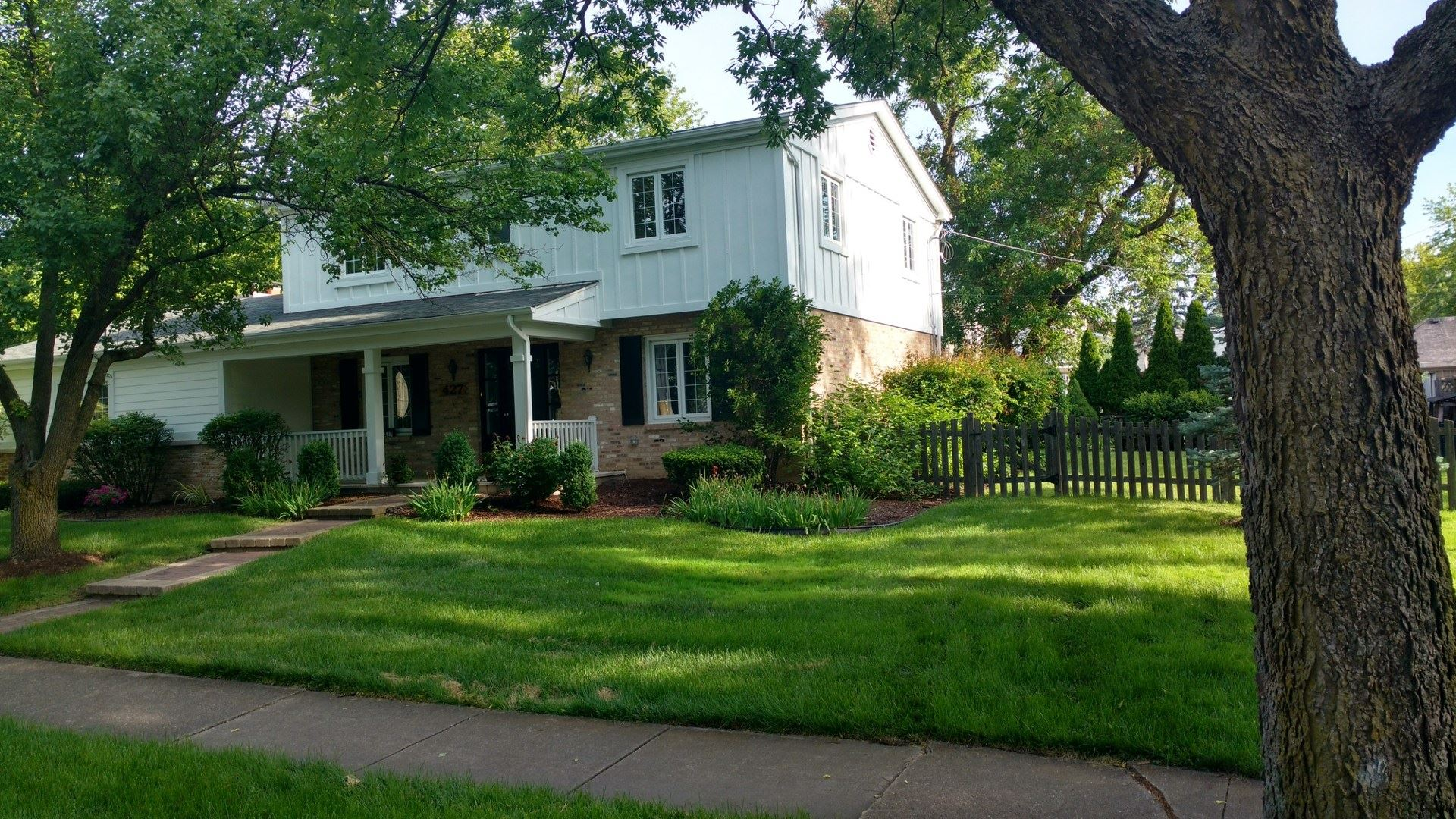 427 Fuller Road, Hinsdale, IL 60521 - #: 10429307