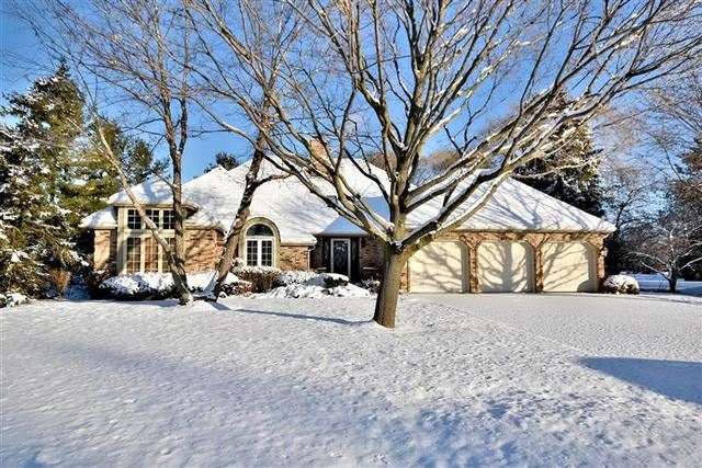 9 Lake View Road, Hawthorn Woods, IL 60047 - #: 10638307