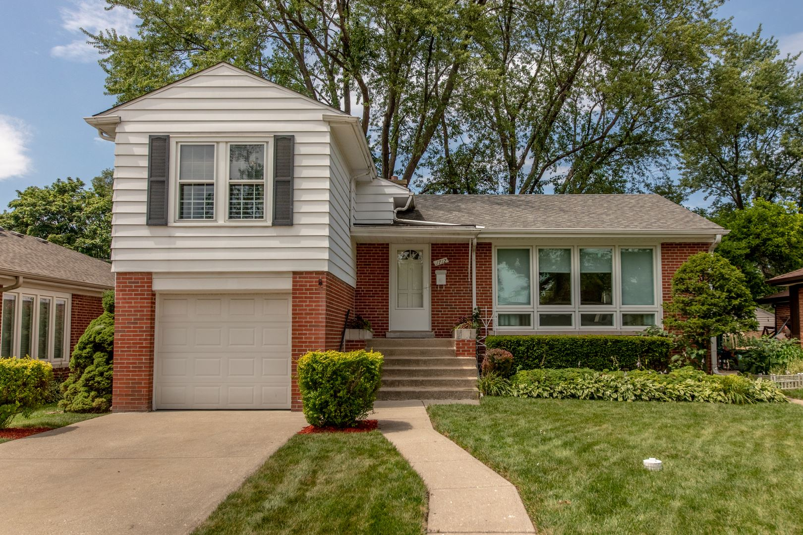1712 S Washington Avenue, Park Ridge, IL 60068 - #: 10799307
