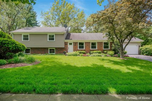 Photo of 1605 Knoll Drive, Naperville, IL 60565 (MLS # 10699309)
