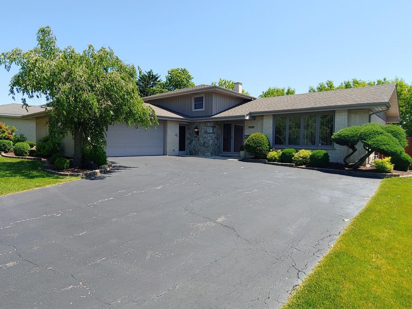 819 W Heritage Drive, Addison, IL 60101 - #: 10691309