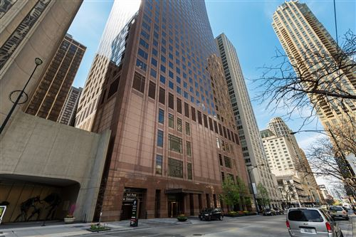 Photo of 161 E CHICAGO Avenue #58K2, Chicago, IL 60611 (MLS # 11024310)
