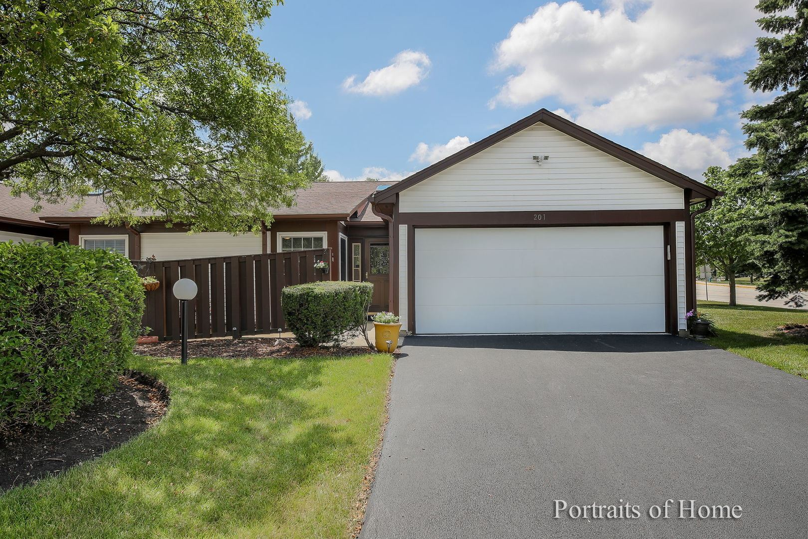 201 Fir Court, Streamwood, IL 60107 - #: 10778311