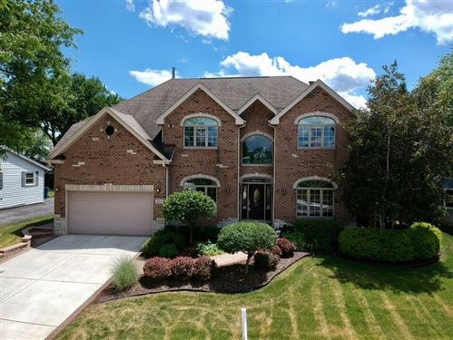 Photo of 121 58th Place, Clarendon Hills, IL 60514 (MLS # 10691315)