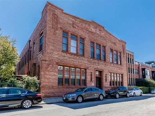 Photo of 1749 W Altgeld Street #F, Chicago, IL 60614 (MLS # 10783315)