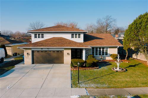 Photo of 10408 S Alta Drive, Palos Hills, IL 60465 (MLS # 10766318)