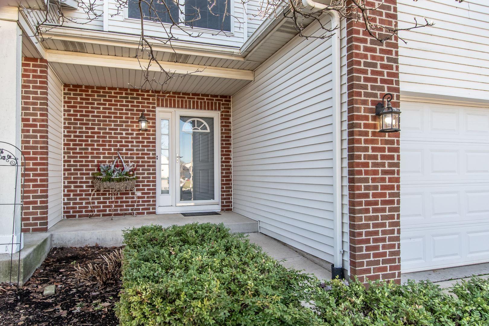 Photo of 1212 Glen Mor Drive #B, Shorewood, IL 60404 (MLS # 10943319)