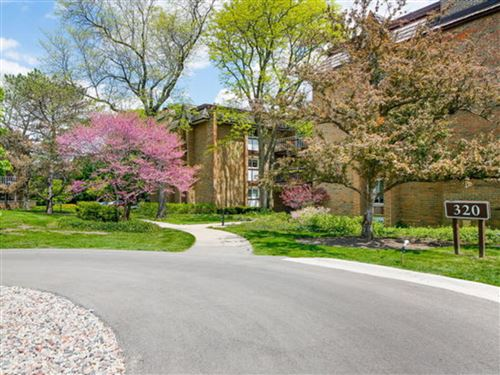 Photo of 320 Claymoor Road #3A, Hinsdale, IL 60521 (MLS # 11222321)