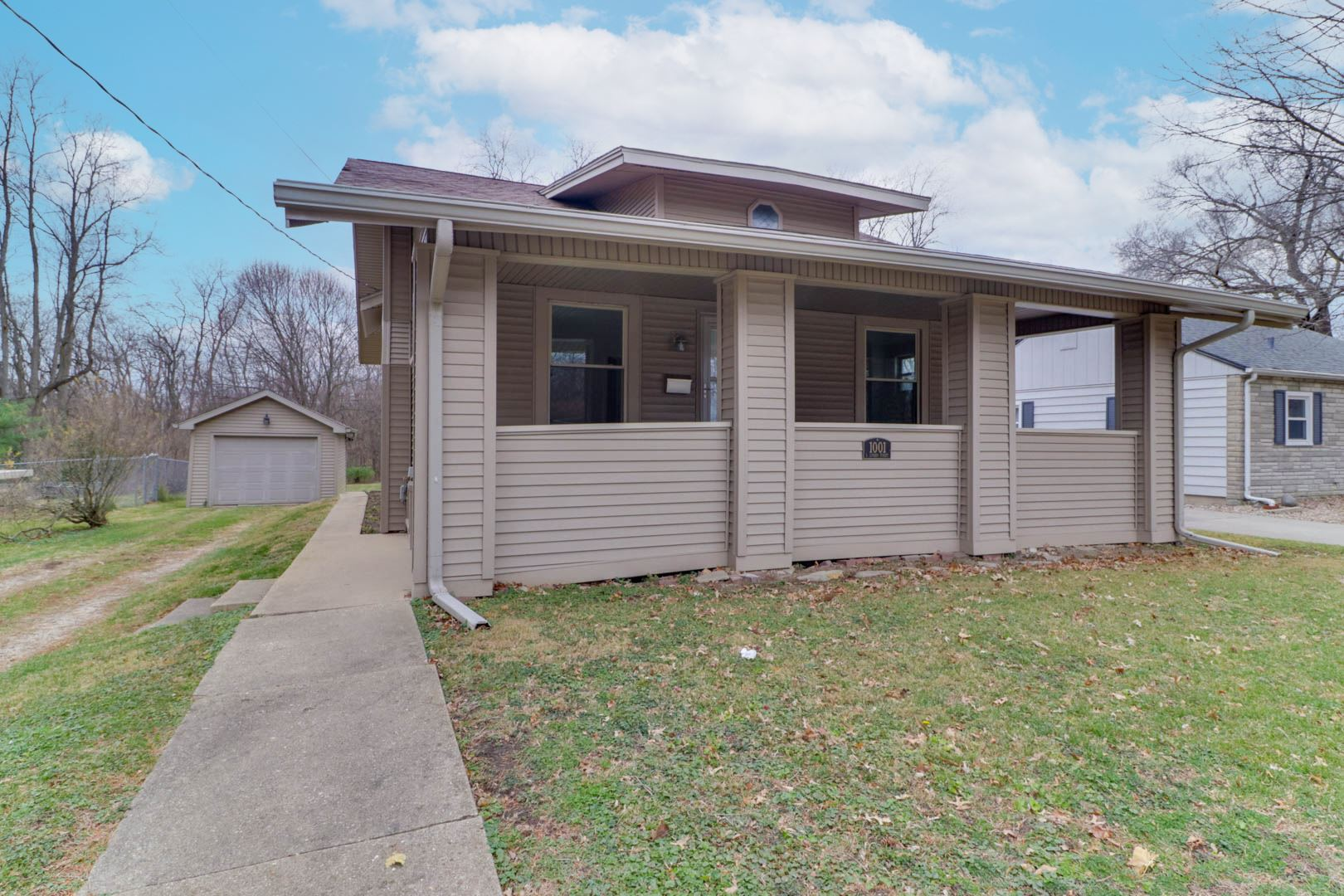 Photo for 1001 S Linden Street, Normal, IL 61761 (MLS # 10939322)
