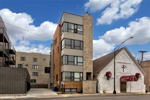 Photo of 224 S Oakley Boulevard #1, Chicago, IL 60612 (MLS # 11047323)