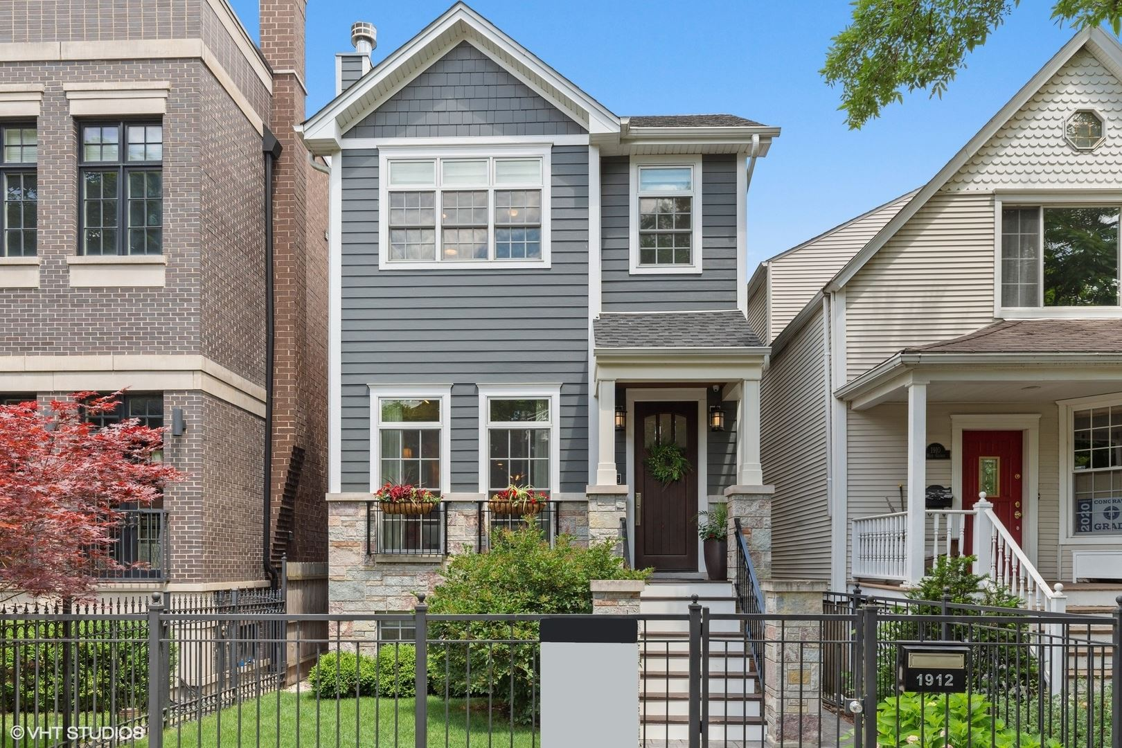 Photo for 1912 W George Street, Chicago, IL 60657 (MLS # 10803323)