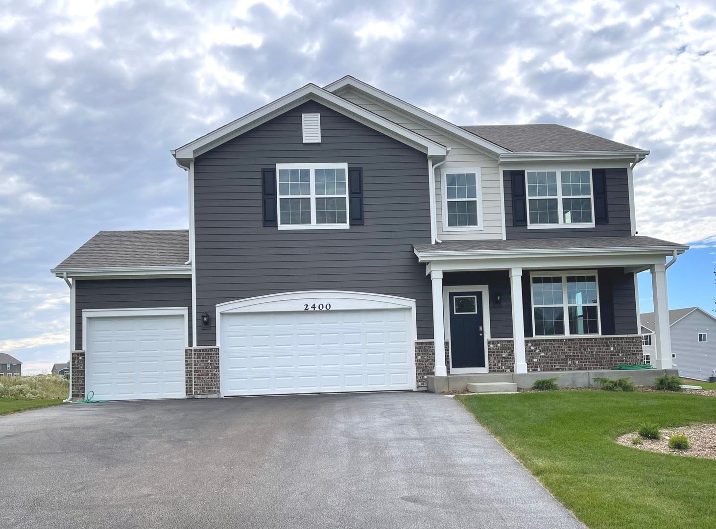 2400 Fairview Circle, Woodstock, IL 60098 - #: 11237323