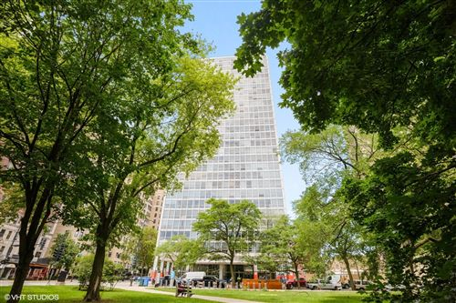 Photo of 2400 N Lakeview Avenue #1115, Chicago, IL 60614 (MLS # 11165325)