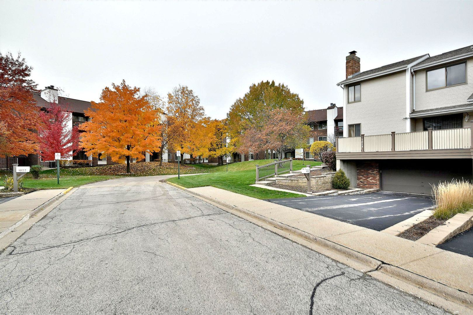 1014 Sussex Drive, Northbrook, IL 60062 - #: 10708327