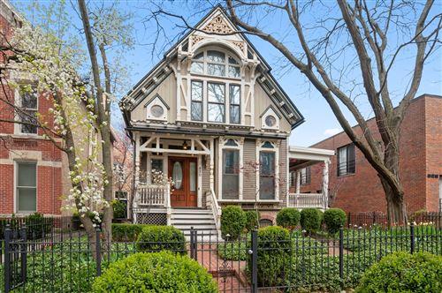 Photo of 830 W Wolfram Street, Chicago, IL 60657 (MLS # 11138329)