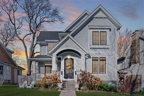 Photo of 1752 Washington Avenue, Wilmette, IL 60091 (MLS # 10937332)