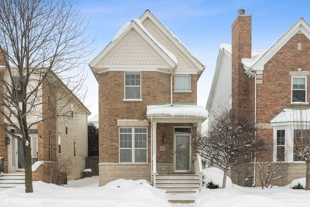 Photo for 2442 W Lake Avenue, Glenview, IL 60026 (MLS # 10993333)