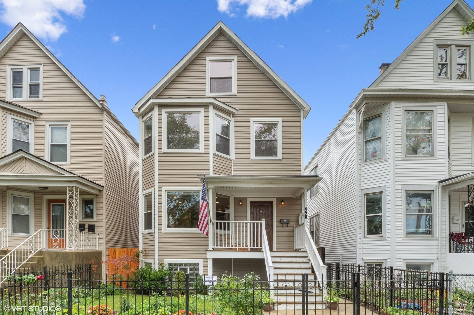 3351 W Berteau Avenue, Chicago, IL 60618 - #: 11245333