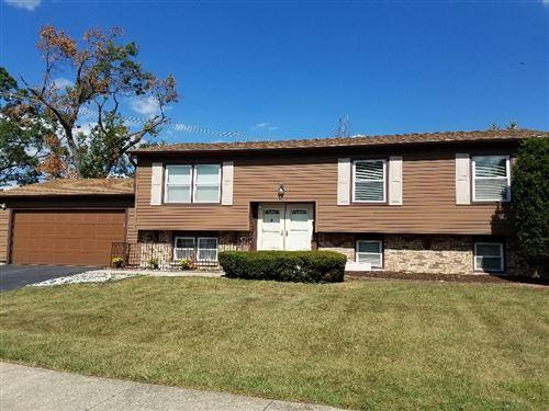 Photo of 7909 Westview Lane, Woodridge, IL 60517 (MLS # 11254335)