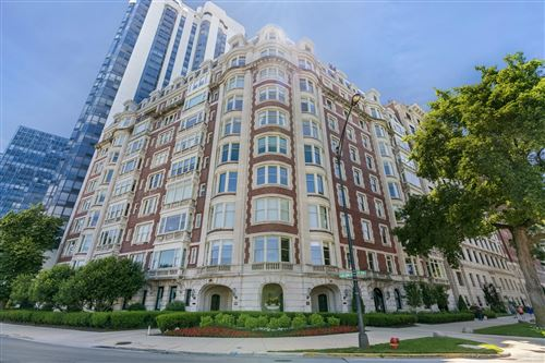 Photo of 999 N Lake Shore Drive #2C, Chicago, IL 60611 (MLS # 10739336)