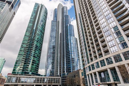 Photo of 1201 S Prairie Avenue #703, Chicago, IL 60605 (MLS # 10750336)